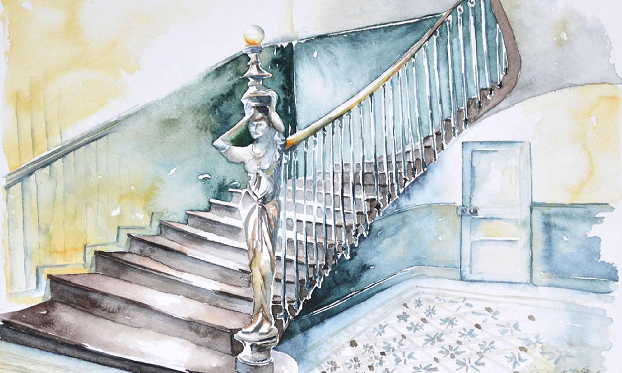 A l'aquarelle, du tiers gauche de la feuille monte un escalier de bois vers le haut à droite de la feuille. Sur l'arrière, il s'appuit sur un mur aux tonalités jaune ocre. Sur le côté droit, il est bordé d'une fine rampe en bois. Au départ de l'escalier, à droite de la première marche, s'élève la statue d'une femme qui porte sur sa tête un lampadaire rond. Elle est dénudée sur la poitrine gauche. Elle est couleur bois. Le sol et la base du mur ont des tonalités de bleu canard.